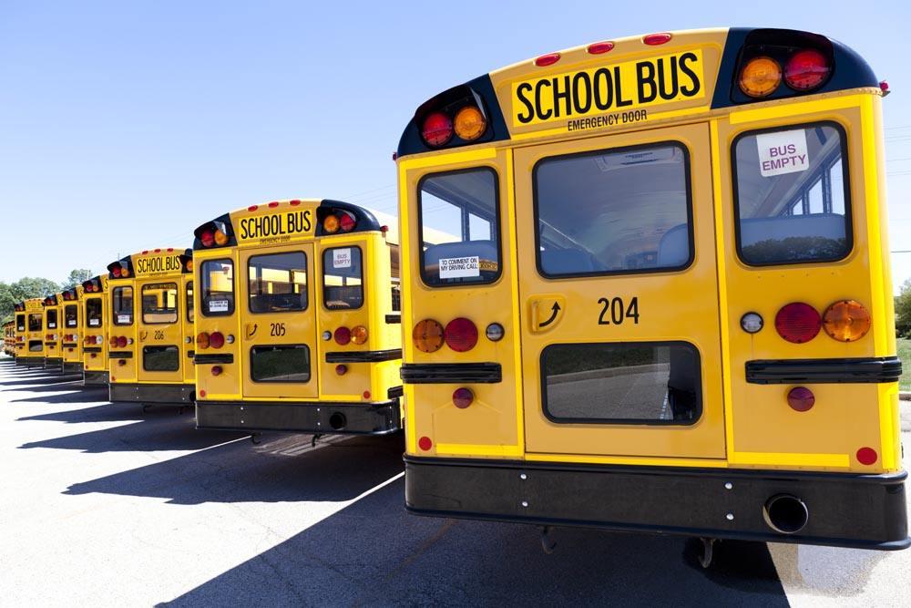 兰州:校车管理需要全社会参与