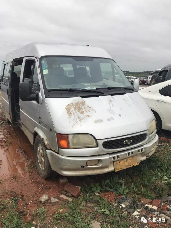江西:5岁男童乘校车坠亡 南昌西山镇8所民办幼儿园均无证