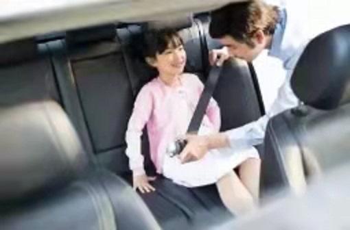 广东一幼儿园校车与货车相撞,造成6人受伤!家长要记住这些减轻伤害的措施
