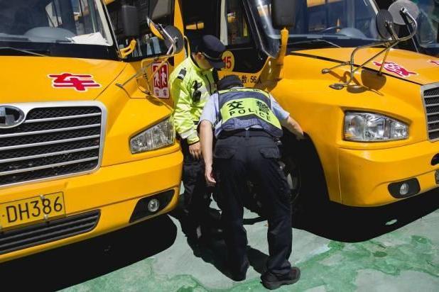 山东东营市组织开展全市校车安全管理联合检查活动