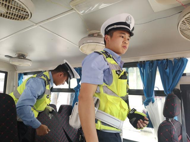 思南县部门联动开展校车运营专项整治行动